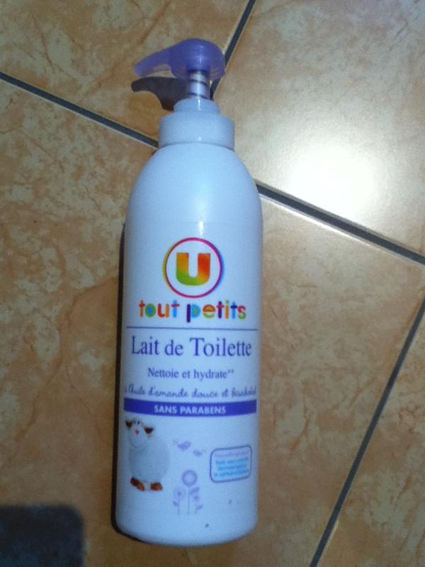 lait de toilette pour bebe u tout petits 750ml tous les produits produits de toilette b b. Black Bedroom Furniture Sets. Home Design Ideas