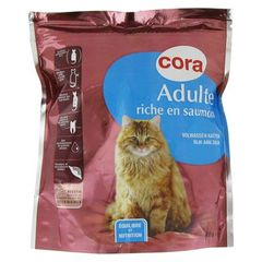 Croquette pour chat adulte riche en saumon
