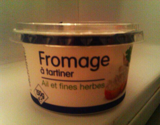 Fromage à tartiner ail et fines herbes, Prix ...