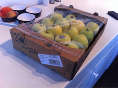 Pomme Golden delicious plateau 3kg calibre 70/80 France