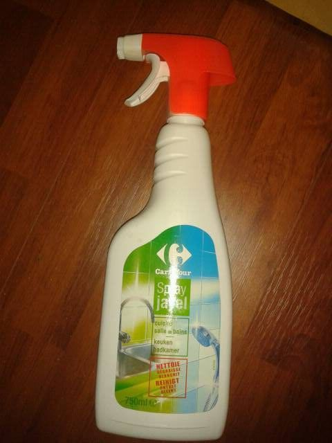 spray nettoyant avec javel antibacterien tous les produits entretien de la maison prixing. Black Bedroom Furniture Sets. Home Design Ideas
