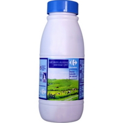 Lait demi-ecreme sterilise UHT, source naturelle de calcium