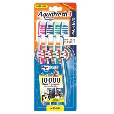 Aquafresh brosse a dents pack familial medium x4