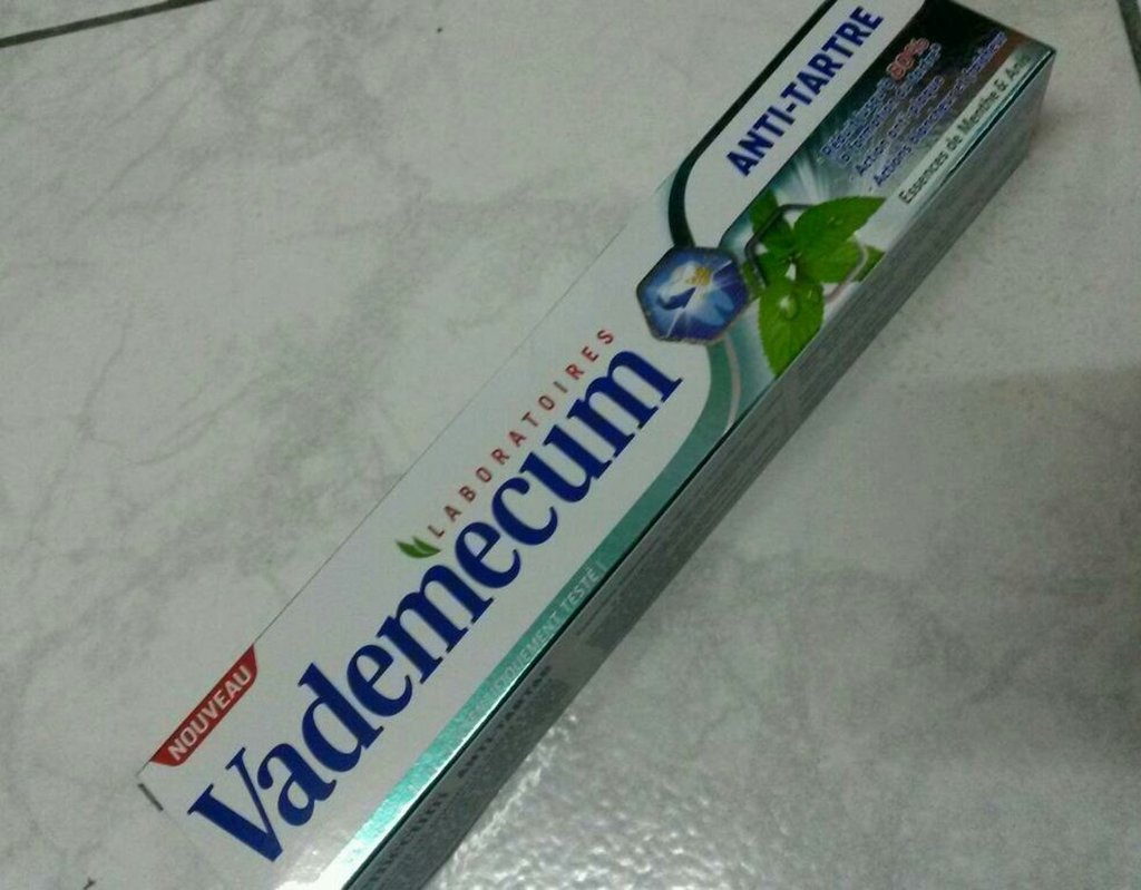 Vademecum Dentifrice anti-tartre, essences de menthe & anis le flacon de 75 ml