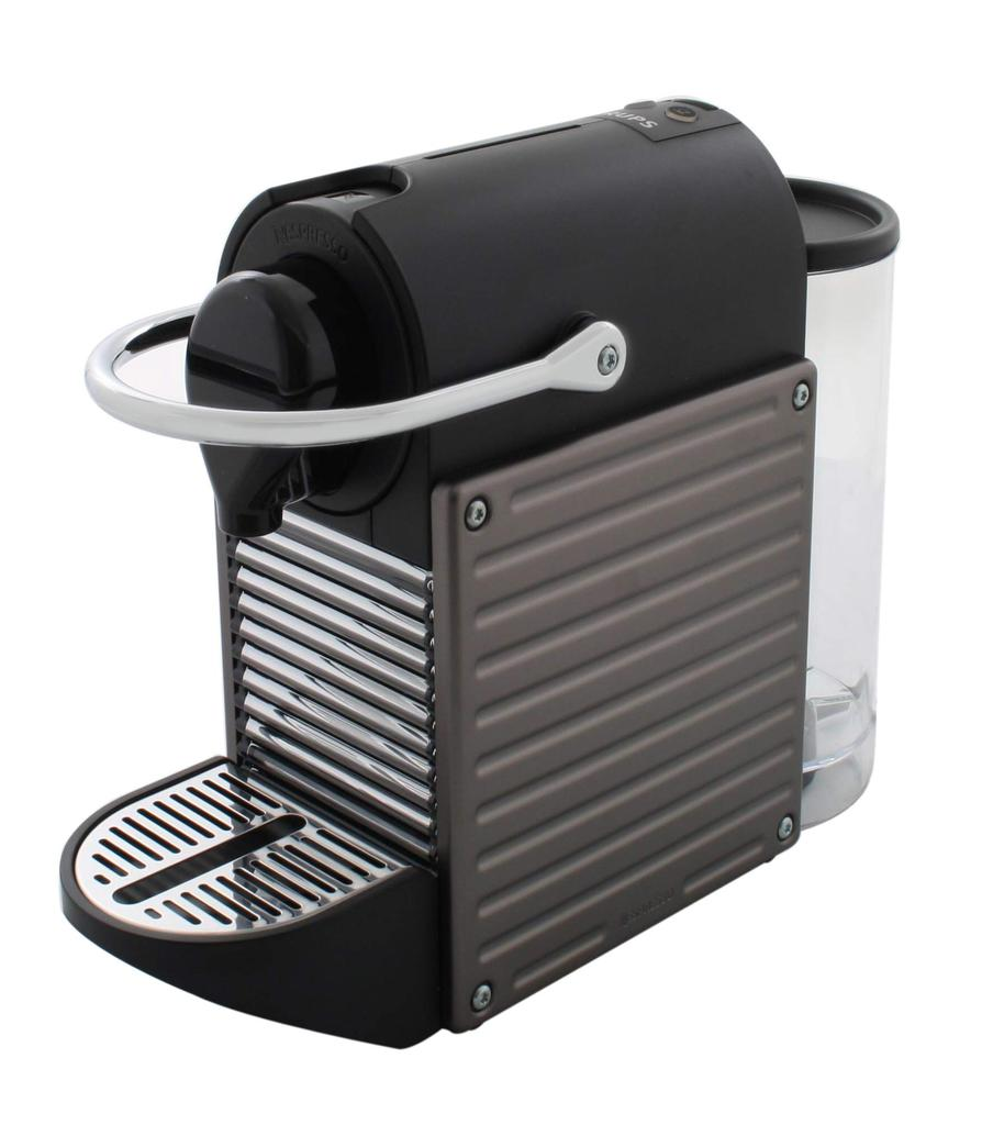 Expresso a dosettes Nespresso YY1201FD Pixie Titane Automatique : preparation du cafe et ejection de la capsule !