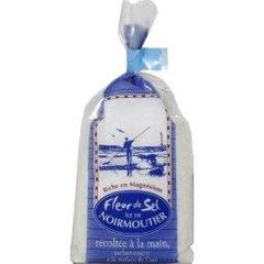 Aquasel, Fleur de sel de l'ile de Noirmoutier, recoltee a la main, exclusivement a la surface de l'eau, le paquet,125g