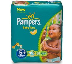 Pampers - Baby Dry - Couches Taille 5 + (13-25 kg/Junior + ) - Pack Economique 1 mois de consommation (x132 couches)
