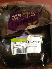 Nectarines jaunes mûres à point